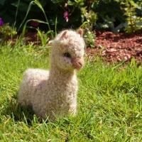 100% Baby Alpaca Figurine - Large Huacaya